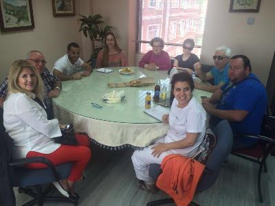 encuentro intergeneracional en UP Murcia.jpg
