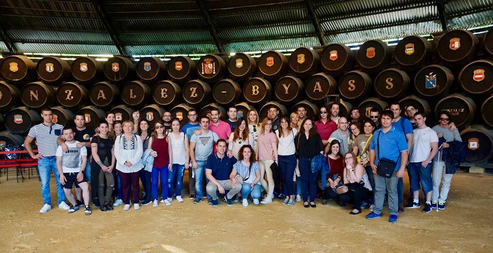 JUP visita las Bodegas González Byass.jpg