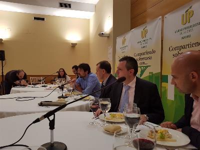 Madrid comida y asamblea.jpg