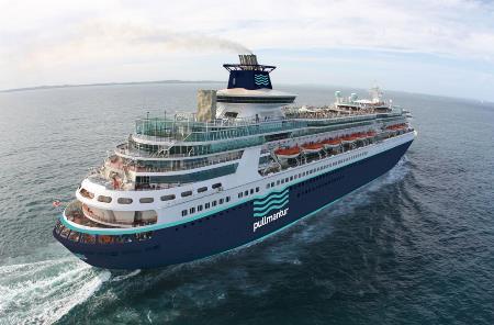 Imagel del barco del Crucero de la ilusión surcando el Mediterraneo.jpg