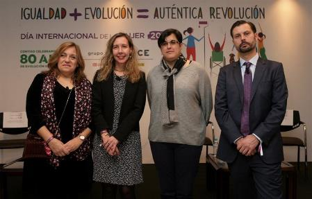 Participantes Mesa Redonda.JPG