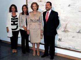 Ana Botella, Ana Mato, Doña Sofia y Miguel Carballeda en la inauguración de la Bienal