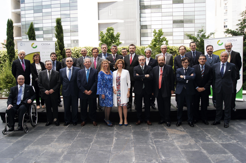 Foto de familia empresarios Encuentros en la Cumbre