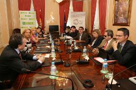 Imagen sesión Empresas Parlamentarios
