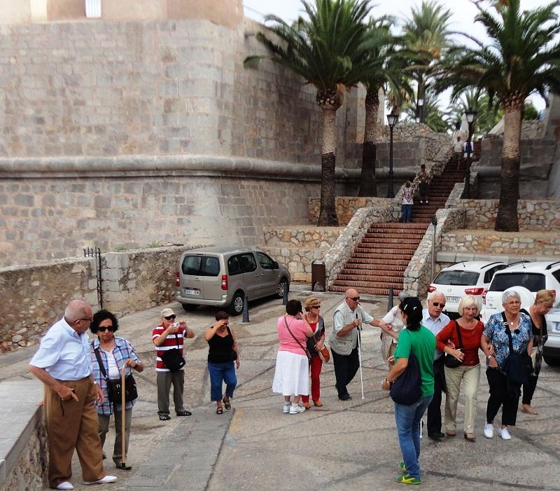 Visitando Castillo Papa Luna