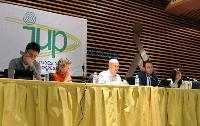 Mesa del Foro con Paco Gallego y Teresa Palahi