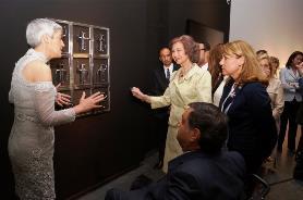 Inauguración de la Bienal por SM La Reina